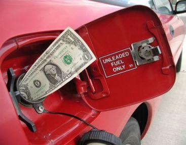 Benzina te arde la buzunar? Top metode sa reduci consumul de carburant