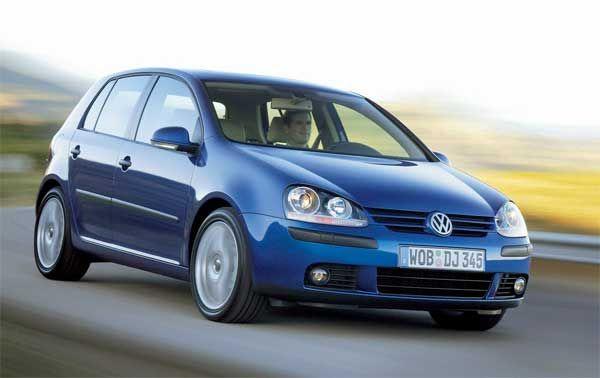 benzina te arde la buzunar top cele mai economice masini 1 Benzina e scumpa? TOP cele mai economice masini din Romania