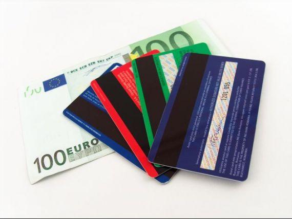 Noul trend: carduri de credit cu dobanda zero. Care sunt ofertele bancilor?