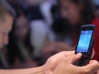 Cum folosesti mobilul ca sa-ti platesti facturile sau consumatia la restaurant?