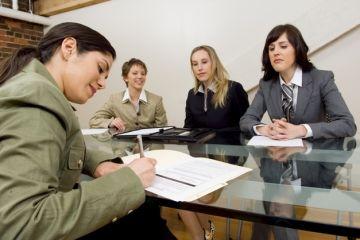 Marile firme din Romania au introdus teste de limba romana la angajare. Concluziile angajatorilor