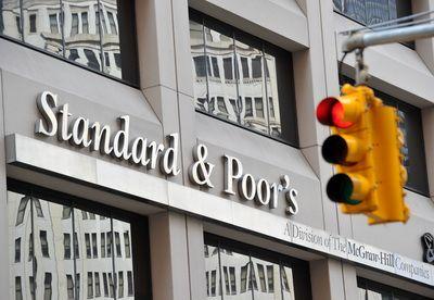 S P este anchetata de Senatul SUA pentru reducerea ratingului Americii