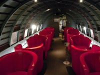 "Foste aeronave, transformate in baruri sau restaurante. Top 5 localuri ""aeriene"" GALERIE FOTO"