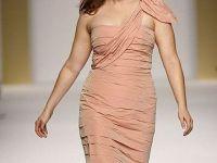 Un business dezvoltat, la propriu. Moda pentru siluetele XXL, trendul spre care designerii isi indreapta atentia?