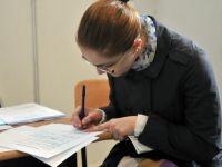 """Studentii, """"materia prima"""" a angajatorilor. De acum, patronii pot gasi tinerii intr-un registru unic"""
