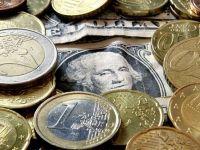 Euro scade incontinuu de 4 saptamani, in raport cu dolarul si yenul, cel mai indelungat declin intr-un an si jumatate