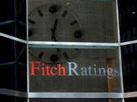 Fitch a retrogradat 7 mari grupuri financiare din Europa si SUA