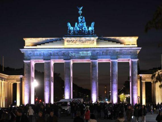 Grecii si spaniolii nu vor de la Germania doar bani, ci si joburi. Somerii de la  periferia  zonei euro bat la poarta Berlinului, pentru locuri de munca