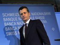 Seful Bancii Elvetiei si-a anuntat in mod neasteptat demisia. Sotia sa, implicata intr-un scandal cu tranzactii valutare