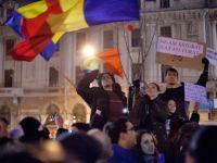 Opozitia scoate, maine, in strada 10.000 de oameni. Sindicatele ameninta cu greva generala, la sfarsitul lunii