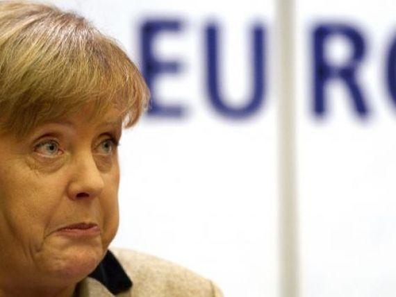 Merkel, acuzata ca nu face nimic pentru a rezolva criza datoriilor:  Reactioneaza intotdeauna cu un sfert de ora intarziere . Cine ii reproseaza asta