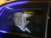 Cand Italia se prabusea, Berlusconi facea bani. Fostul premier a castigat 48 mil. euro in 2011 si si-a cumparat o insula si o vila