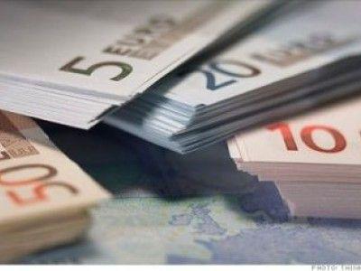 Spania a scapat de sub control. Euro a coborat sub 1,3 dolari si s-a depreciat fata de 13 monede importante ale lumii