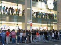 Secretele din spatele succesului Apple, compania care genereaza 5.600 dolari pe metru patrat si atrage 20.000 de fani pe saptamana FOTO