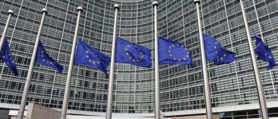 UE impulsioneaza economia statelor membre. Comisia Europeana da 200 mld. euro pentru investitii in parteneriat public-privat