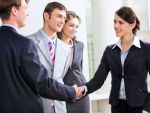 Negocierea in afaceri se invata in 3 zile. Cine sunt romanii care isi permit cursuri de antreprenoriat de mii de euro, cu profesori de la Harvard