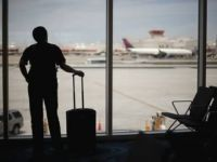 """Angajatul care locuieste la birou sau tanarul care a stat 4 ani in aeroport. Cele mai ciudate """"locuinte"""""""
