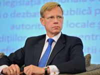 Directorul Raiffeisen Bank ramane seful investitorilor straini din Romania pentru inca un an