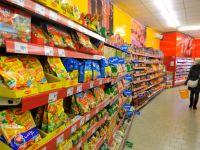 Romanii lasa mai multi bani in magazine. Consumul a crescut cu 5%, in prima parte a anului