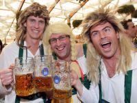 Consumatorii de bere ar trebui sa-si tina economiile in aur. Ce legatura exista intre metalul pretios si bautura din hamei