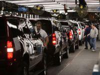 Romanii lasa Mercedes, BMW si Audi fara piese. Angajatii fabricii Lisa Dräxlmaier au intrat in greva generala