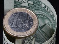 Leul incepe saptamana pe apreciere. Euro scade la 4,55 lei, iar dolarul se depreciaza semnificativ, dupa esecul proiectului pentru sanatate al lui Trump