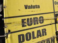 Cursul anuntat de BNR a urcat peste 4,45 lei/euro, pentru prima data de la sfarsitul lunii aprilie
