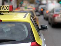 Singura regula a taximetristilor in noaptea de Revelion: Dai bani multi daca nu vrei sa mergi pe jos. Tarifele au crescut si de 3 ori