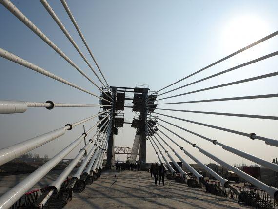 Taxa de pod Giurgeni-Vadul Oii si Fetesti-Cernavoda creste in februarie