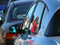 Timbrul de mediu va fi aplicat autoturismelor cu maximum 8 locuri. Emisia de CO2, calculata integral