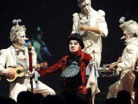 Saltimbancii cad victime crizei economice. Compania Cirque du Soleil concediaza 400 de angajati