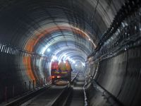 Ponta crede ca linia de metrou spre Henri Coanda-Otopeni ar fi ineficienta economic, dar ca lucrarile din Drumul Taberei merg bine