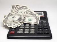 Companiile de asigurari anticipeaza un an  amortit , cu o crestere a pietei de cel mult 3-5%