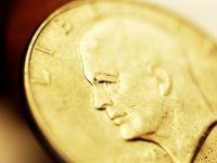 Aurul a devenit periculos pentru miliardari. George Soros si-a redus semnificativ investitiile in metalul pretios