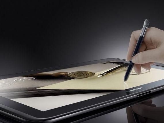 In trend la MWC 2013: telefoane mai mari si tablete mai mici