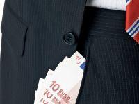 Bonusurile bancherilor din UE vor fi limitate, iar bancile vor raporta profitul din fiecare tara