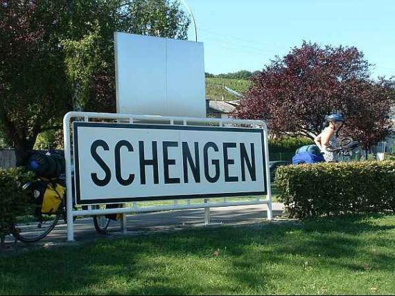 Colapsul spatiului Schengen ar costa UE pana la 1.400 miliarde euro