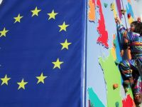 Inca o tara isi face loc pe harta UE. Croatia organizeaza duminica primele alegeri europarlamentare