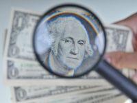 Miliardarul John Paulson, care s-a imbogatit din prabusirea pietei imobiliare in 2007, lanseaza un fond care sa ajute investitorii sa evite taxele