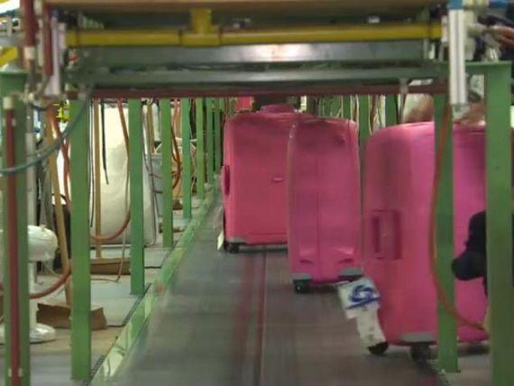 Cum arata fabrica unde Samsonite, unul dintre cei mai mari retaileri din lume, produce si testeaza milioane de bagaje
