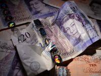 Banca Angliei se pregateste sa schimbe banii. Vor fi din plastic si vor purta mai putini microbi