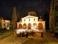 Calugarii de la Muntele Athos cer statului elen sa fie scutiti pentru totdeauna de taxe