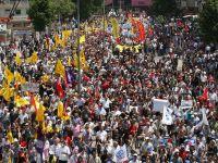 Protestatarii turci cer concedierea sefilor de politie de la Istanbul si Ankara