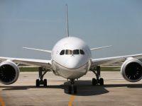 De ce trebuie inchise dispozitivele electronice in avion. Cat de periculoasa este folosirea telefonului mobil la inaltime
