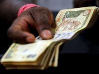 Dolarul calca in picioare tarile emergente. Rupia indiana s-a prabusit in fata monedei americane