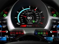 Rolls si Veyron, masini de mers la piata in Singapore? Cea mai scumpa masina de lux a fost vanduta la pretul a 16 Ferrari noi. VIDEO