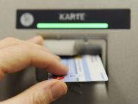 Tehnologia de azi permite hotilor sa fure toti banii dintr-un cont bancar fara ca posesorul sa se poata apara. Cum a ramas o femeie din Capitala fara economii