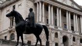 Viceguvernatorul Bancii Angliei a demisionat, dupa critici dure din partea Parlamentului, cauzate de pozitia fratelui sau intr-o banca pe care ar fi trebuit sa o supravegheze