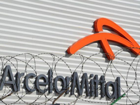 ArcelorMittal a avut pierderi de 780 mil. dolari in trimestrul II. Cel mai mare producator de otel la nivel mondial reduce estimarile pentru 2013