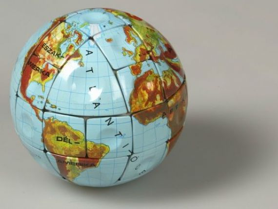 FMI: Economia globala se confrunta cu un risc in crestere de deraiere